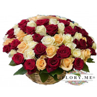 101 подмосковная роза микс в корзине